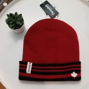 Thinsulate unisex canada hat red L/XL NWT